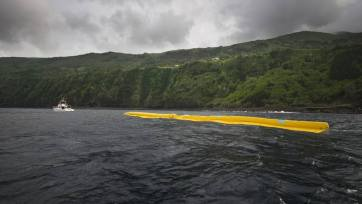 05-Ocean Cleanup Array That Could Remove Tons Of Plastic From the World's Oceans