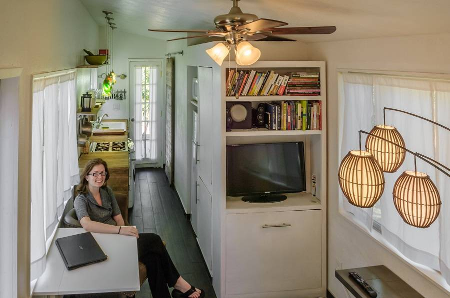 02-the Secrets to Tiny House Living
