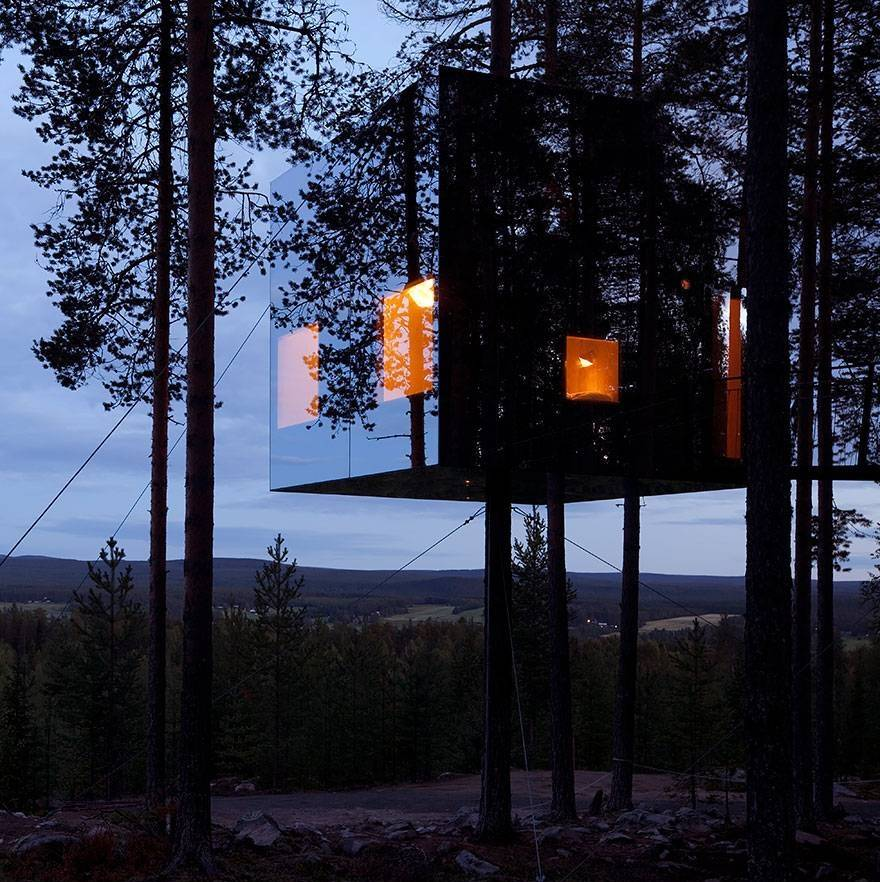Amazing Hotels Mirrorcube Treehouse, Sweden