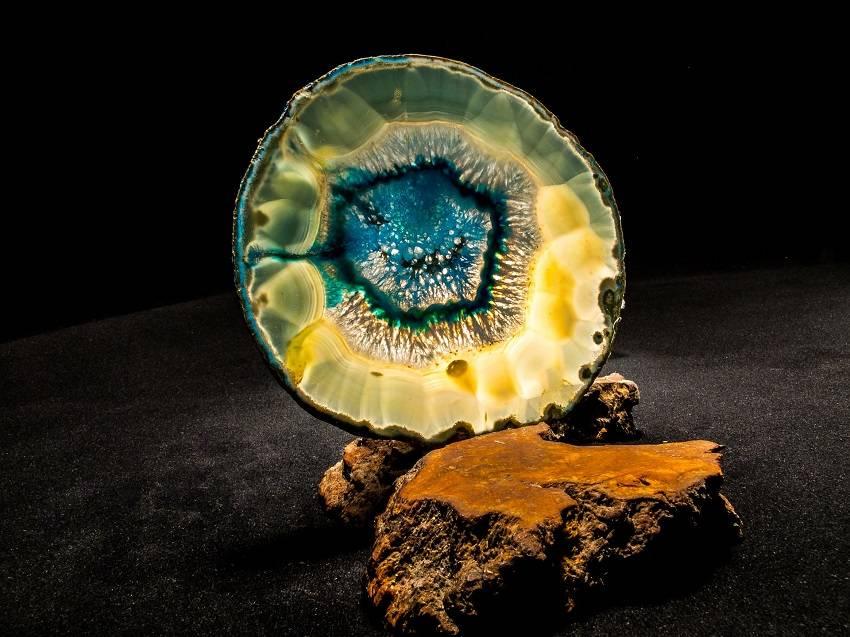 healing crystals agathe lifeadvancer