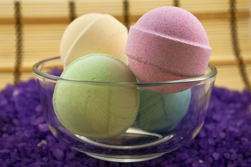 8. Bath bombs