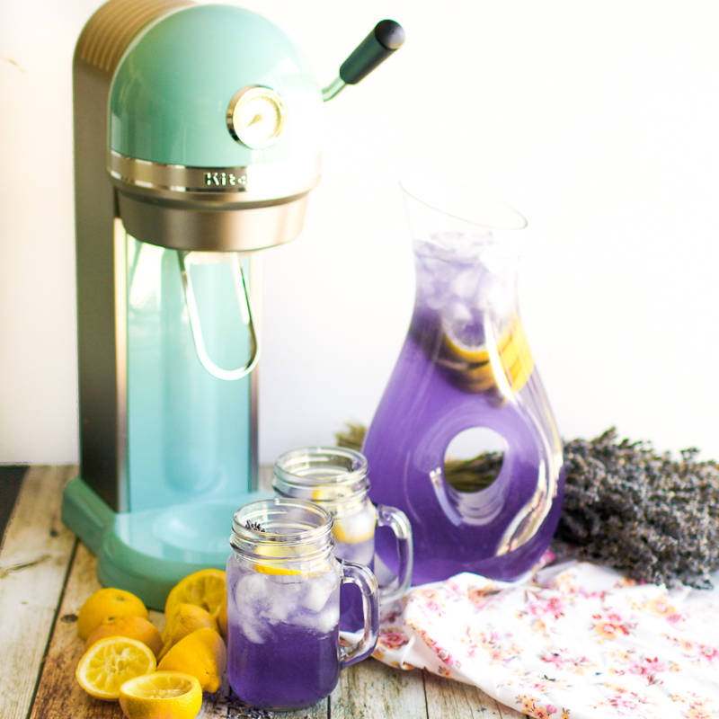 1.Make Lavender Lemonade