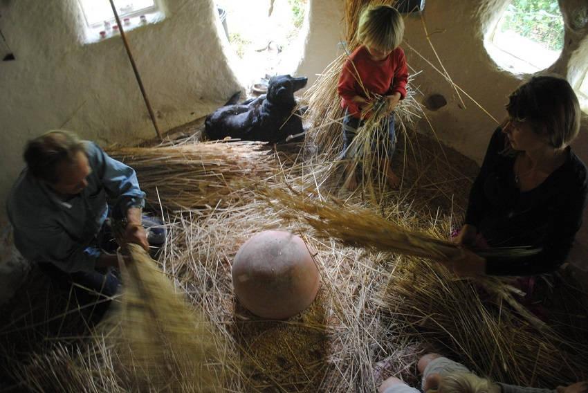 2-Eco-Friendly Cob House