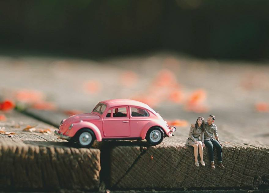 Newly married couples miniatures by Ekkachai Saelow