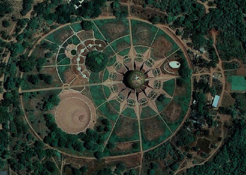 2-Auroville Utopian Community