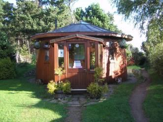 00-Findhorn eco-village, Scotland Barrel_House
