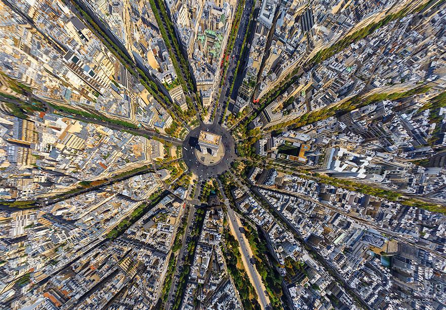 Arc De Triomphe, Paris - bird's-eye view