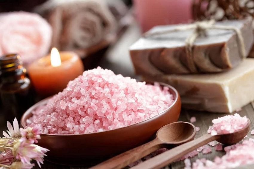Soak in the Himalayan Salt Benefits