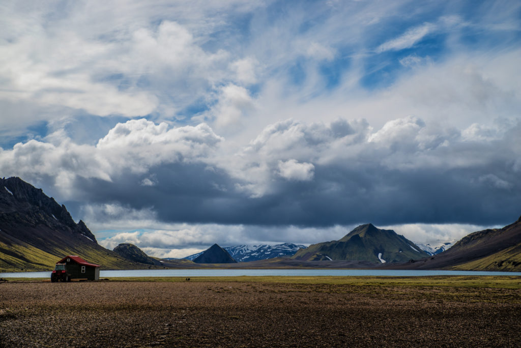 Álftavatn hut and lake