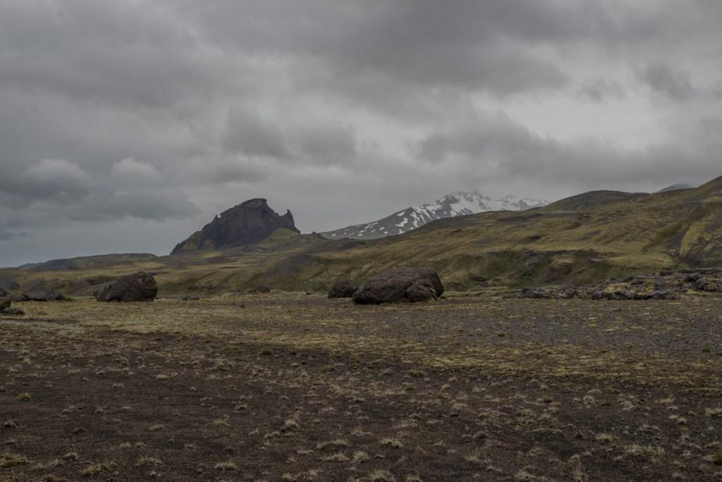 Hike from Emstrur to Thórsmörk Valley