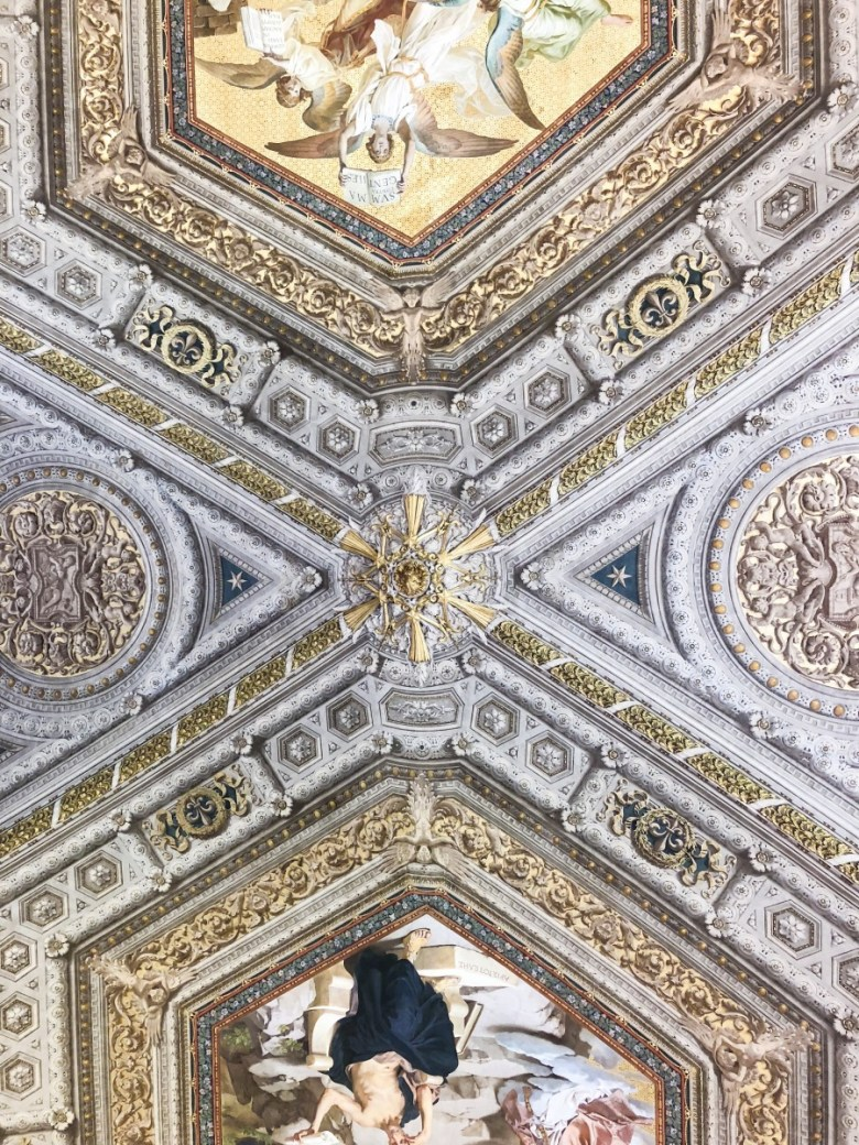 Travel Diary | Inside The Vatican in Rome, Italy
