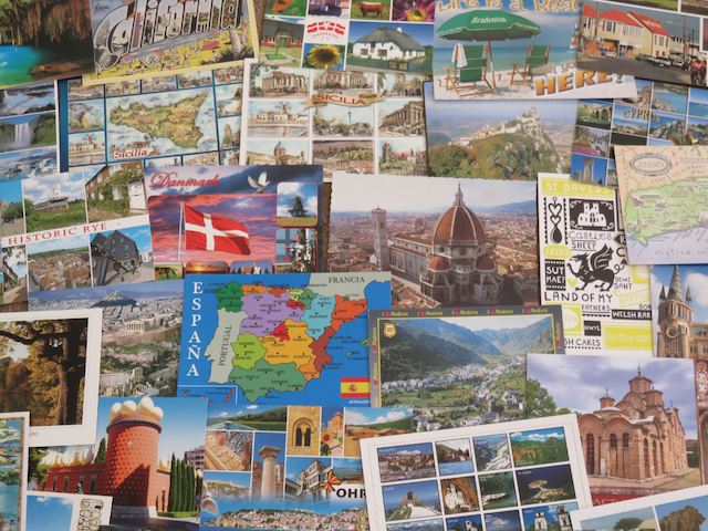 Travel souvenir collection ideas
