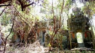 Bali abondoned amusement parc
