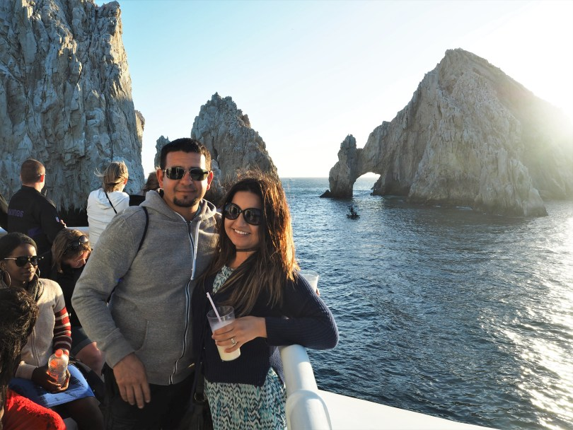 a travel guide to los cabos