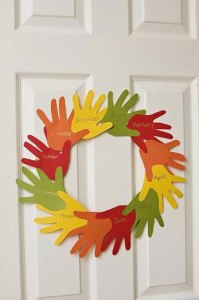 handprint-wreath