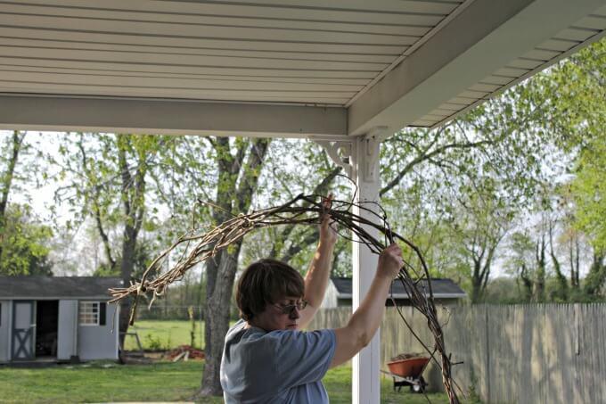 Lighted Grapevine Swag for a Porch ~ #CraftyDestashChallenge ~ Life Beyond the Kitchen