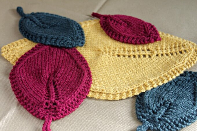 Knit Leaves for Your Fall Table ~ Creative Craft Blogger's Challenge ~ Life Beyond the Kitchen