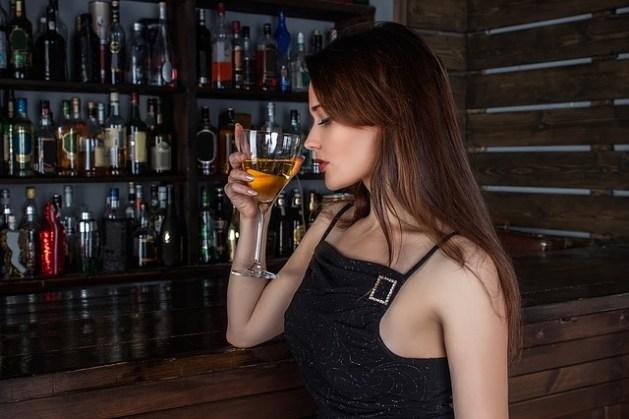 alergia na alkohol - jakie są objawy uczulenia na alkohol