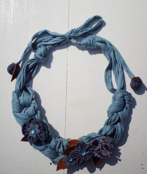 floral-fabric-necklace