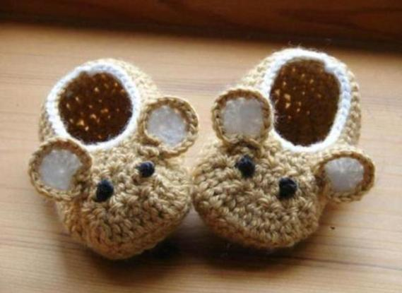 crochet-baby-boy-shoes