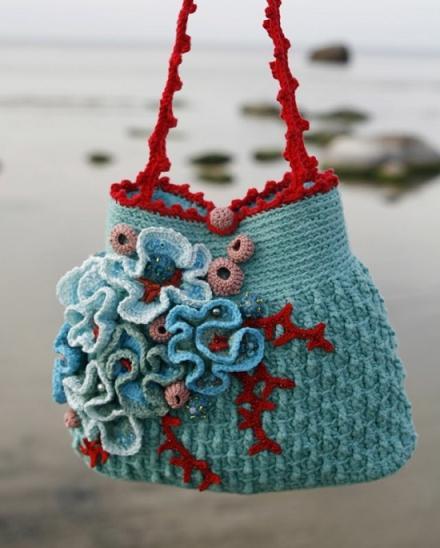 floral-crochet-bag