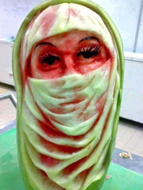 watermelon-carving-girl