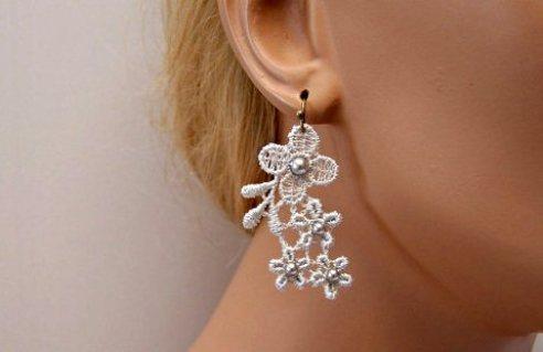 lace-bridal-earrings