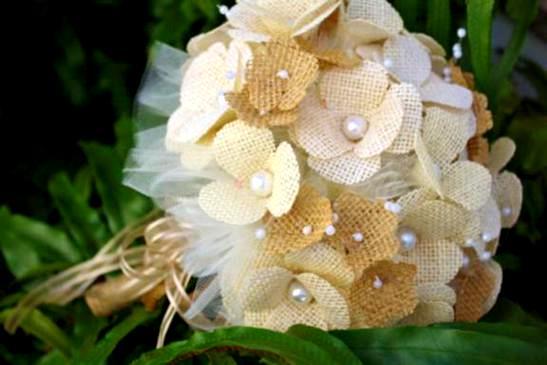 burlap-bridal-bouquets