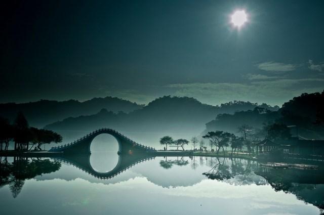 The Moon Bridge, Taiwan