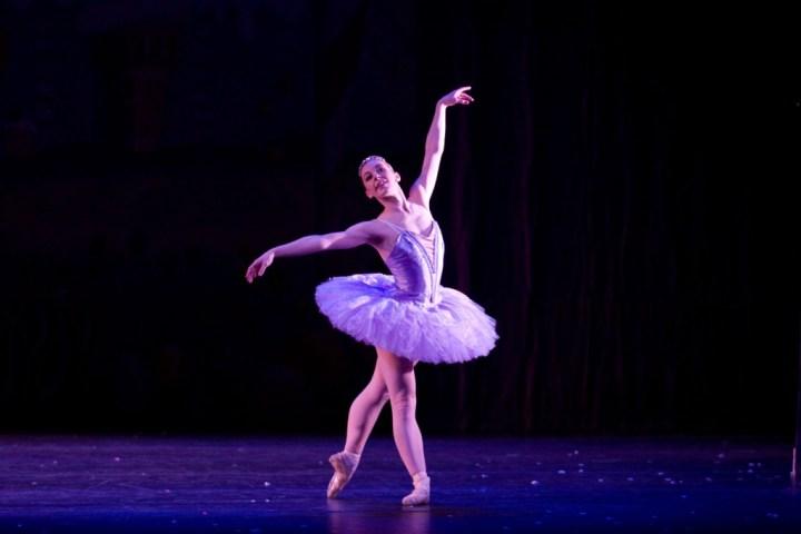 ballet-dancer-wallpaper-hd