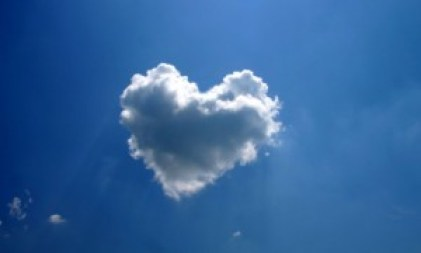 Heart-Shaped-Cloud-480x800