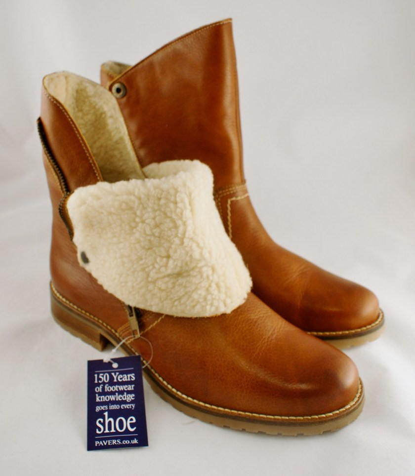 Fur lined ankle boots