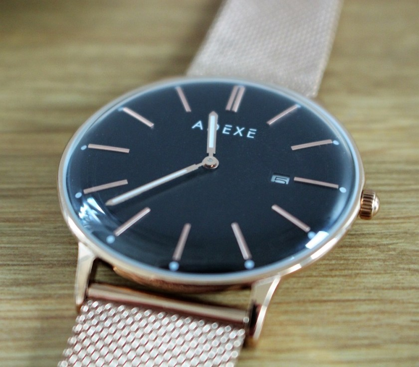 Meek Petite Rosegold by Adexe London Watch Close Up of the Face