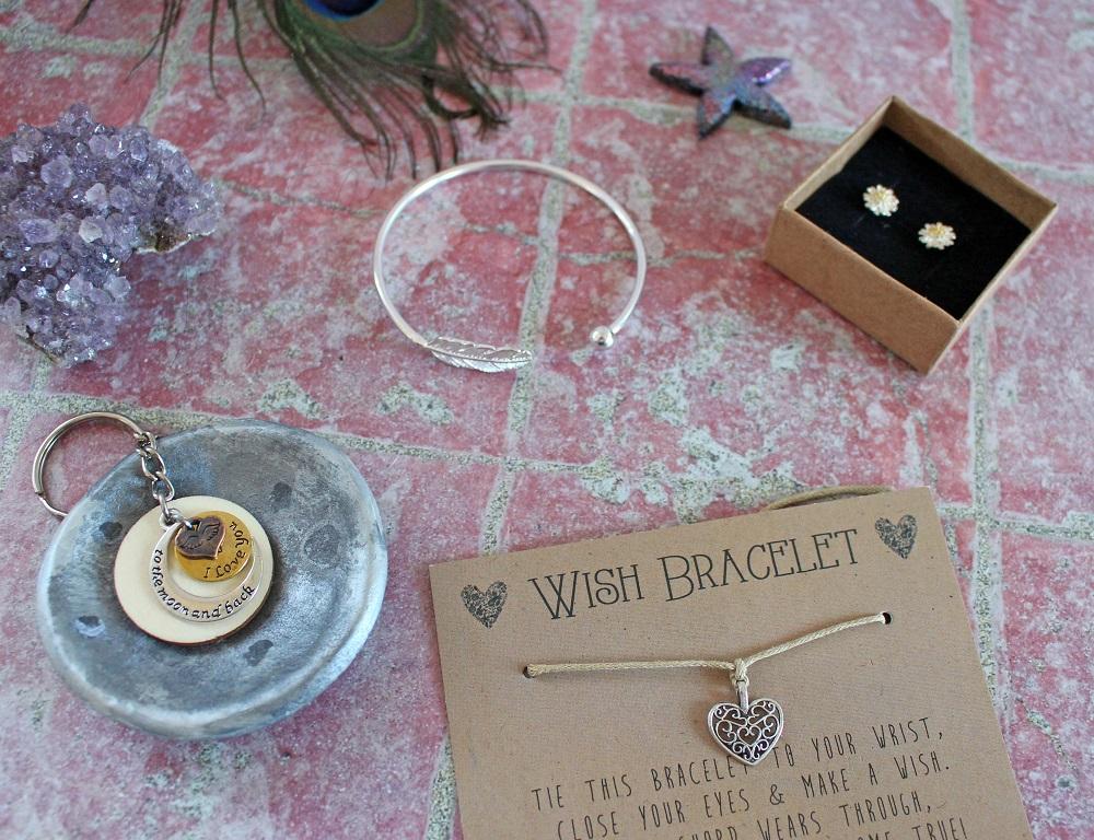 I Love You to the Moon and Back Key Ring Daisy Stud Earrings The Filigree Heart Charm Wish Bracelet Silver Leaf Bangle