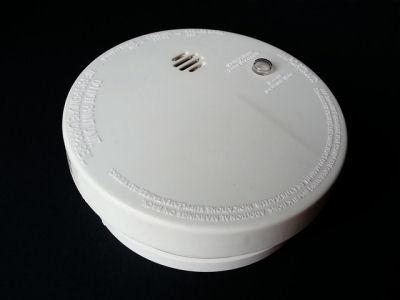 smoke detectors and carbon monoxide detectors save lives