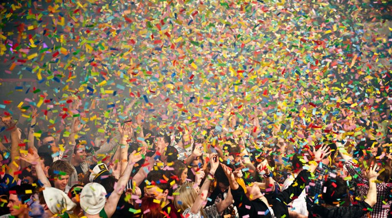 Confetti Blasters: Add Some Excitement to Your Party!