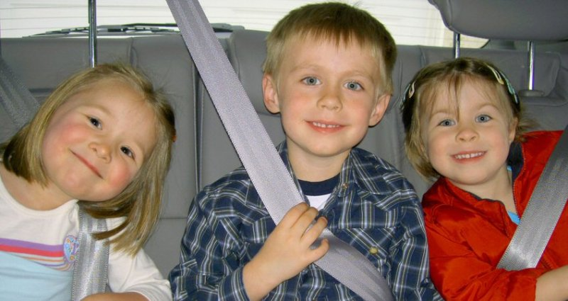 Travel Tips to Ease the Journey When Traveling with Kids