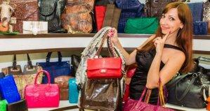 Shopping for a Good Handbag