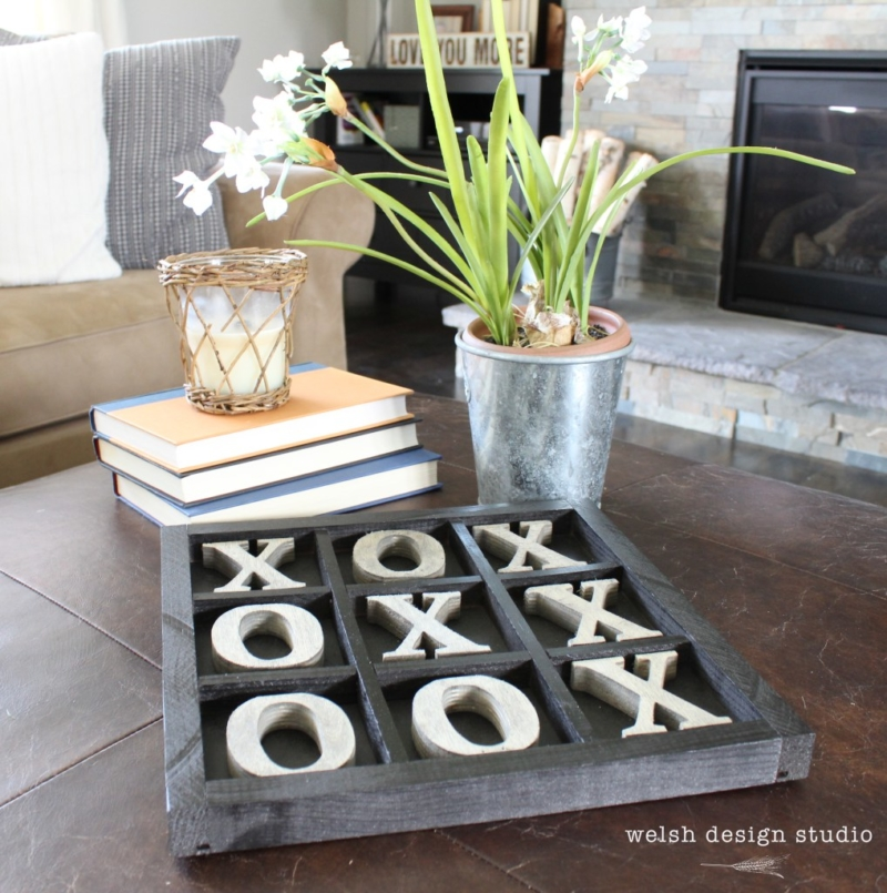 Week 132 Sunday's Best Featured Post - DIY Rustic Tic Tac Toe Board from Welch Design Studio