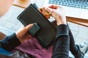 credit card spending spree