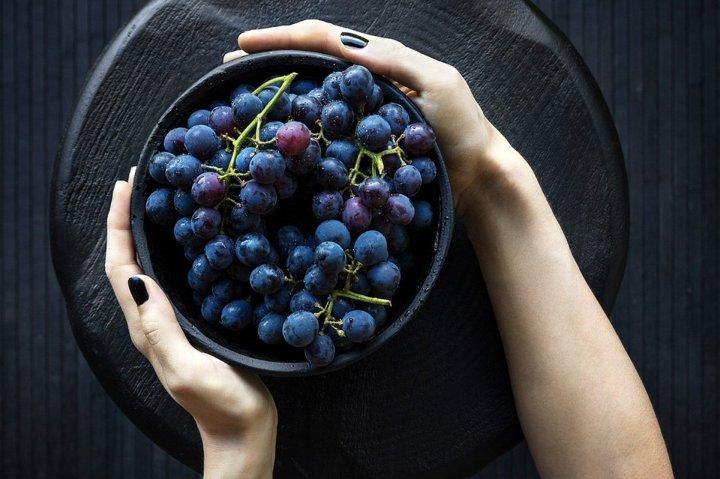 healthy breakfast - fruit bowls