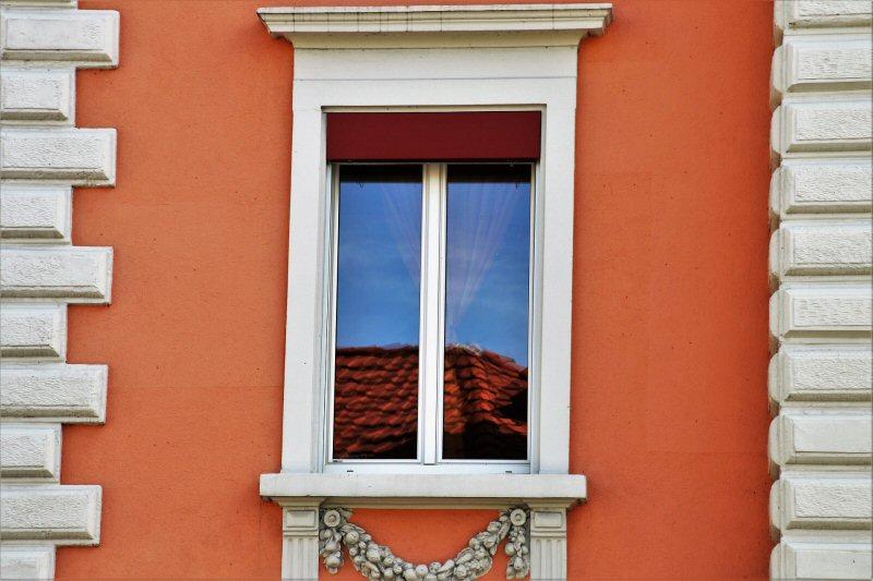 Keep the Windows Clean