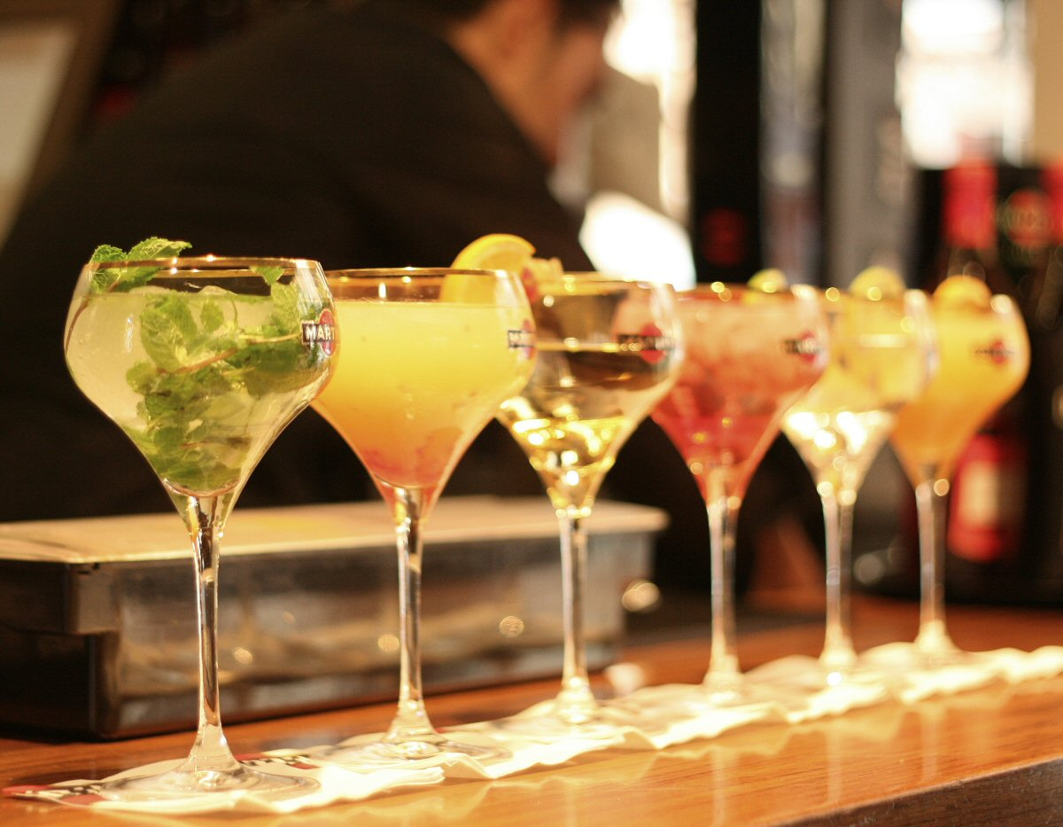4 Reasons You Should Give Up Alcohol for a Month - Life in a House