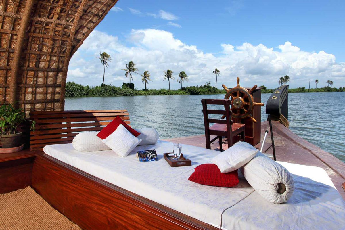 Alleppey Cruises