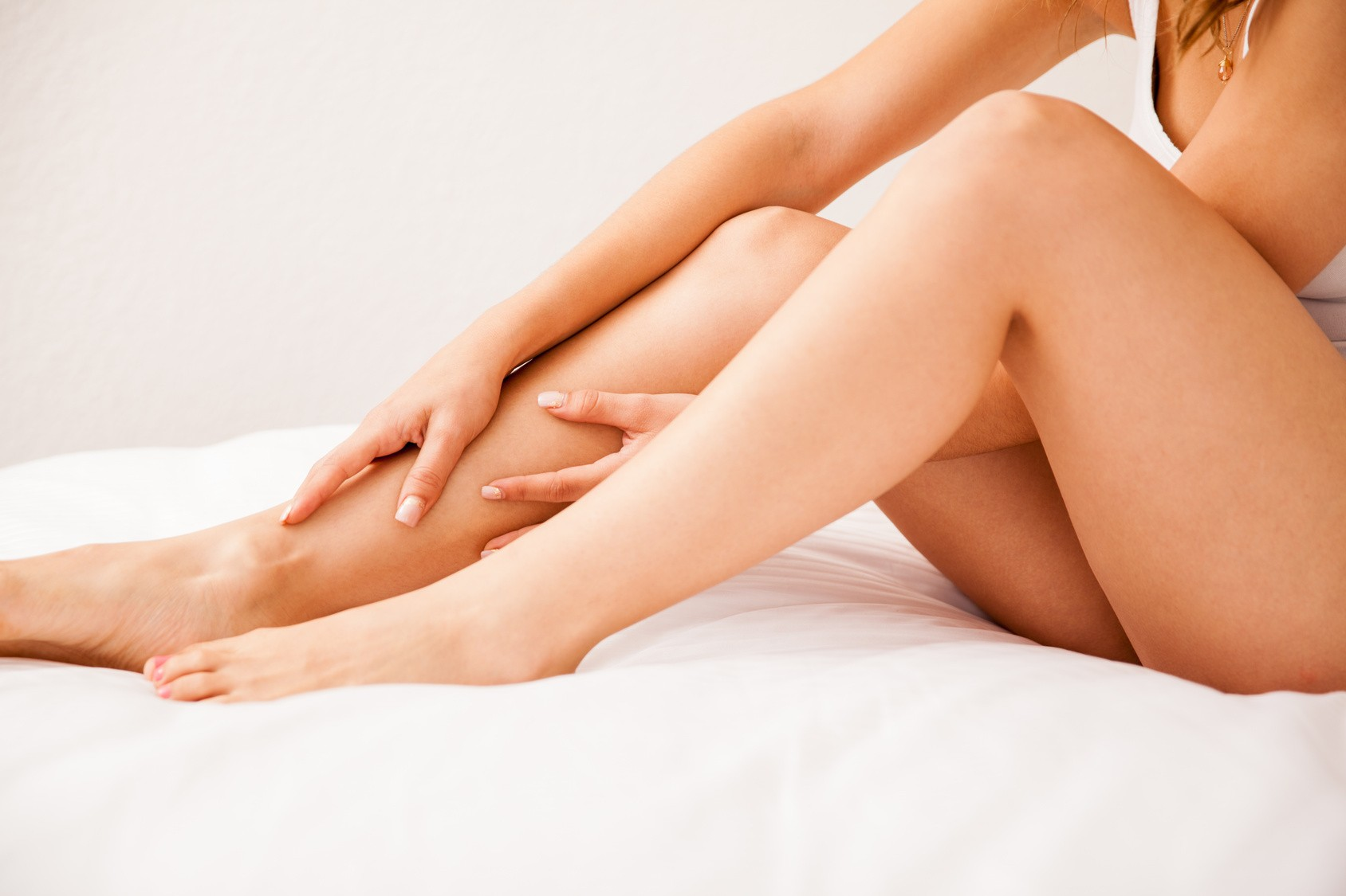 laser hair removal for smooth hair-free legs that last for weeks