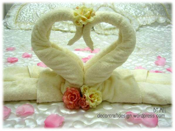 Week 215 - DIY Towel Cake and Towel Swan from Decor Craft Designs