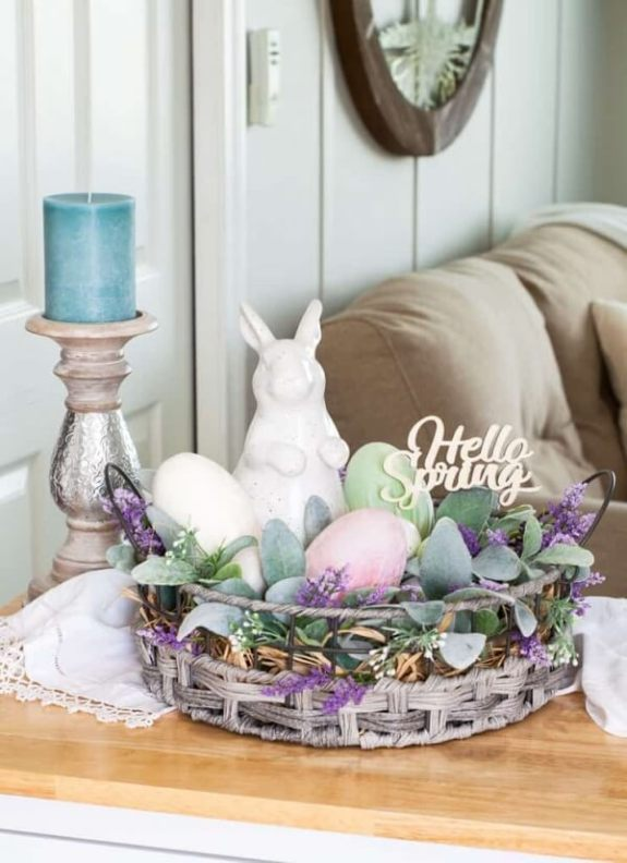 Week 220 - Spring Centerpiece with Velvet Eggs from My Wee Abode