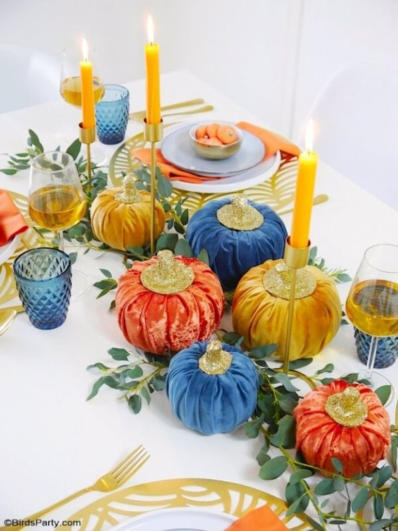 jewel tone table setting for thanksgiving