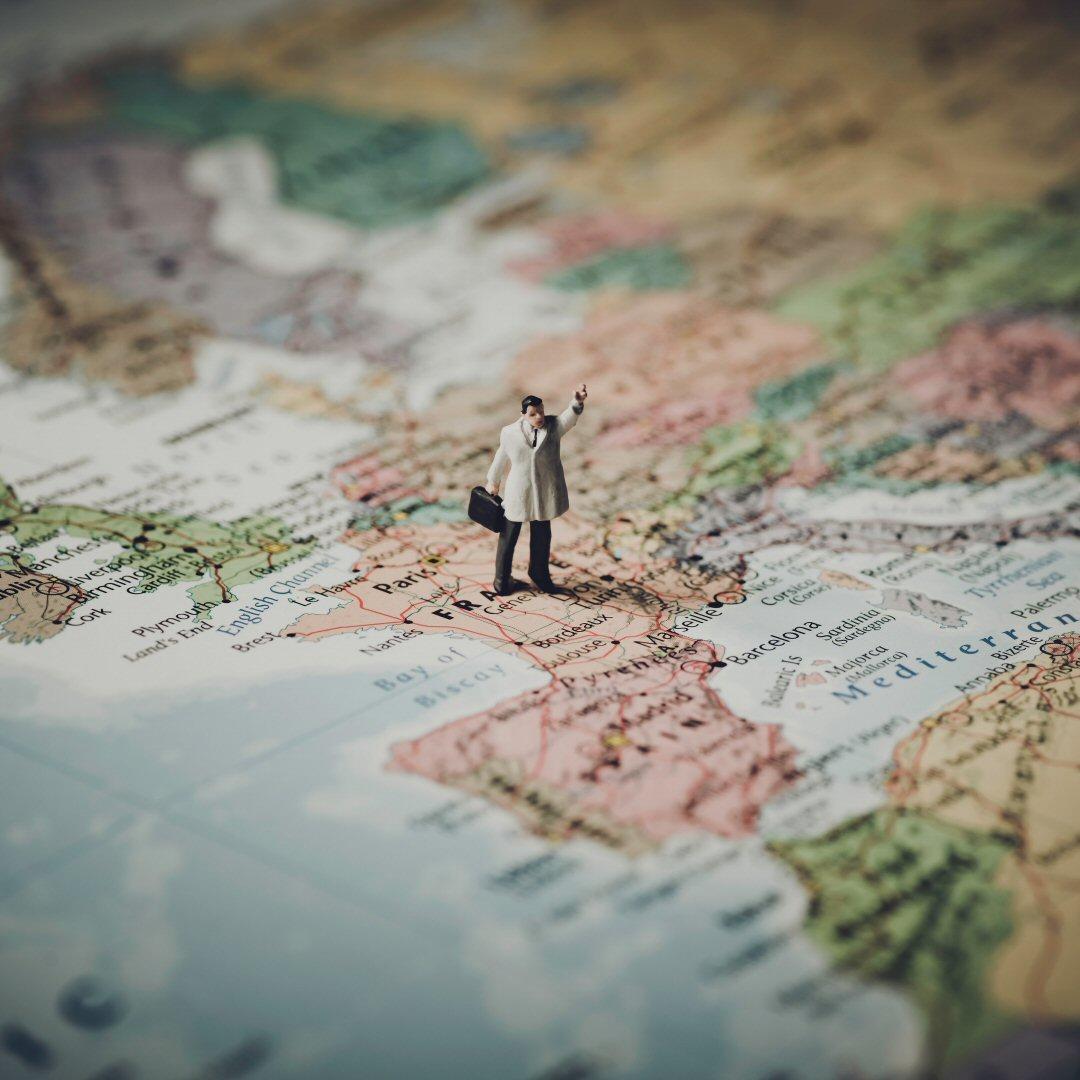 blur-cartography-close-up-concept-408503