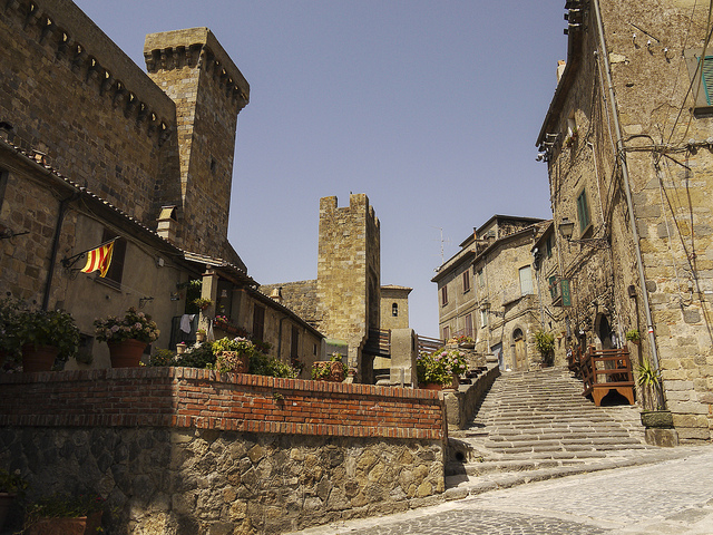 activities in small towns in italy